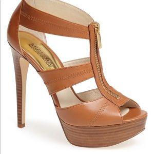 NIB- Michael Kors Berkley platform sandal. Size 8